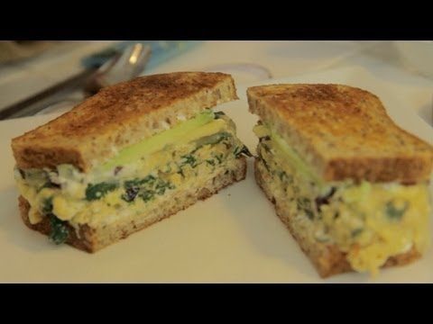 Eggstatic Breakfast Sandwich – Let's Cook with ModernMom