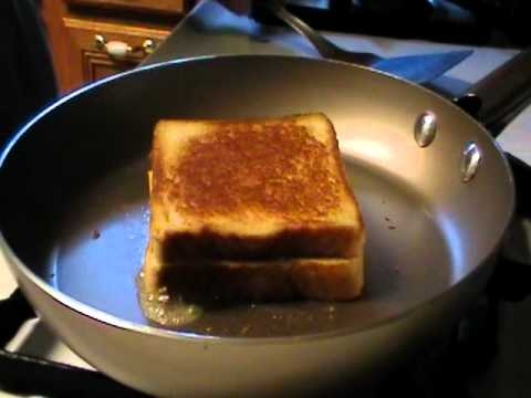 How to Make Grilled Cheese Sandwich-American