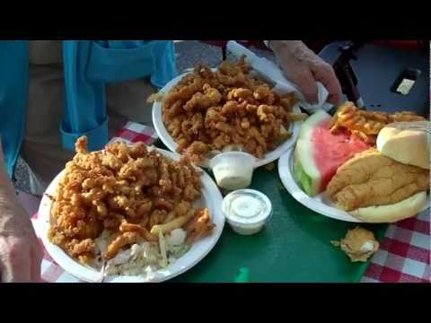 Lobster Rolls & Fried Clams at Kimball Farm