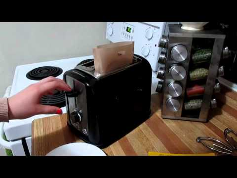 Toastabags Review: Making Grilled Cheese in the Toaster