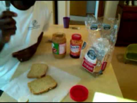 How to make PB & J the right way!