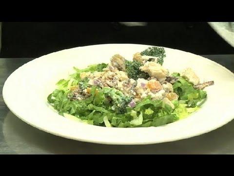 Southern Pecan Chicken Salad : Chicken Salads & Sandwiches